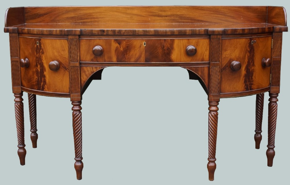 a fine 1830s mahogany bow fronted sideboard in excellent condition