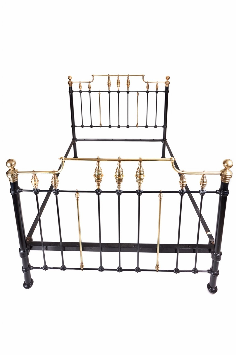 fantastic victorian 5 ft king size brass and iron bed
