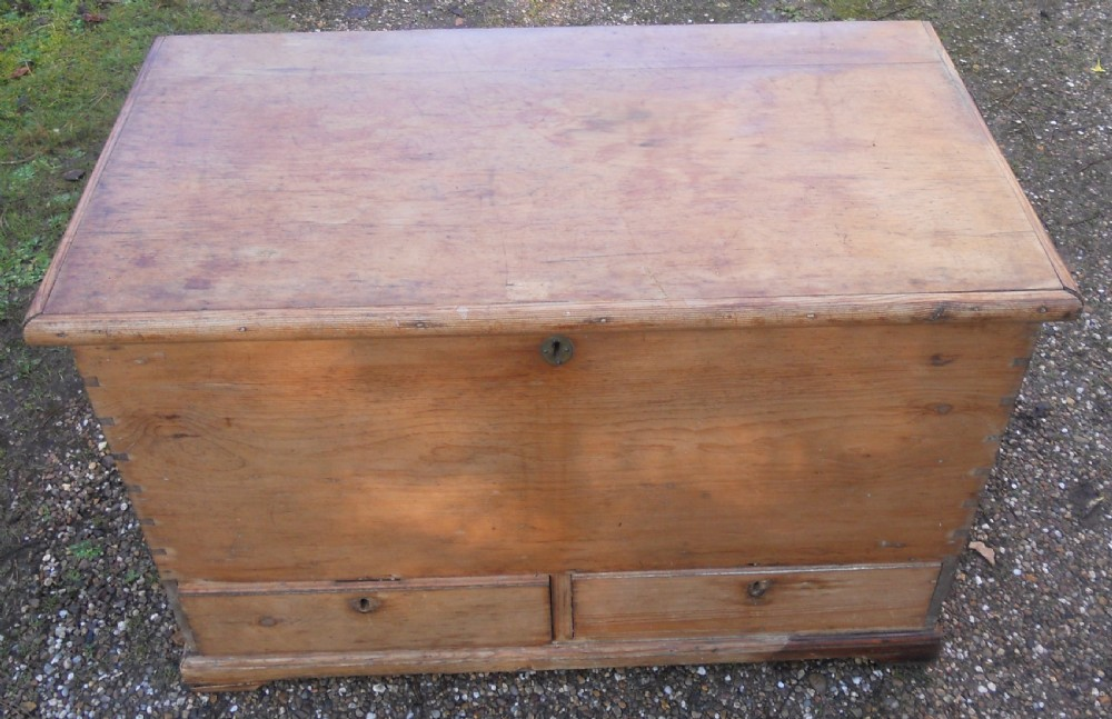 georgian pine mule chest
