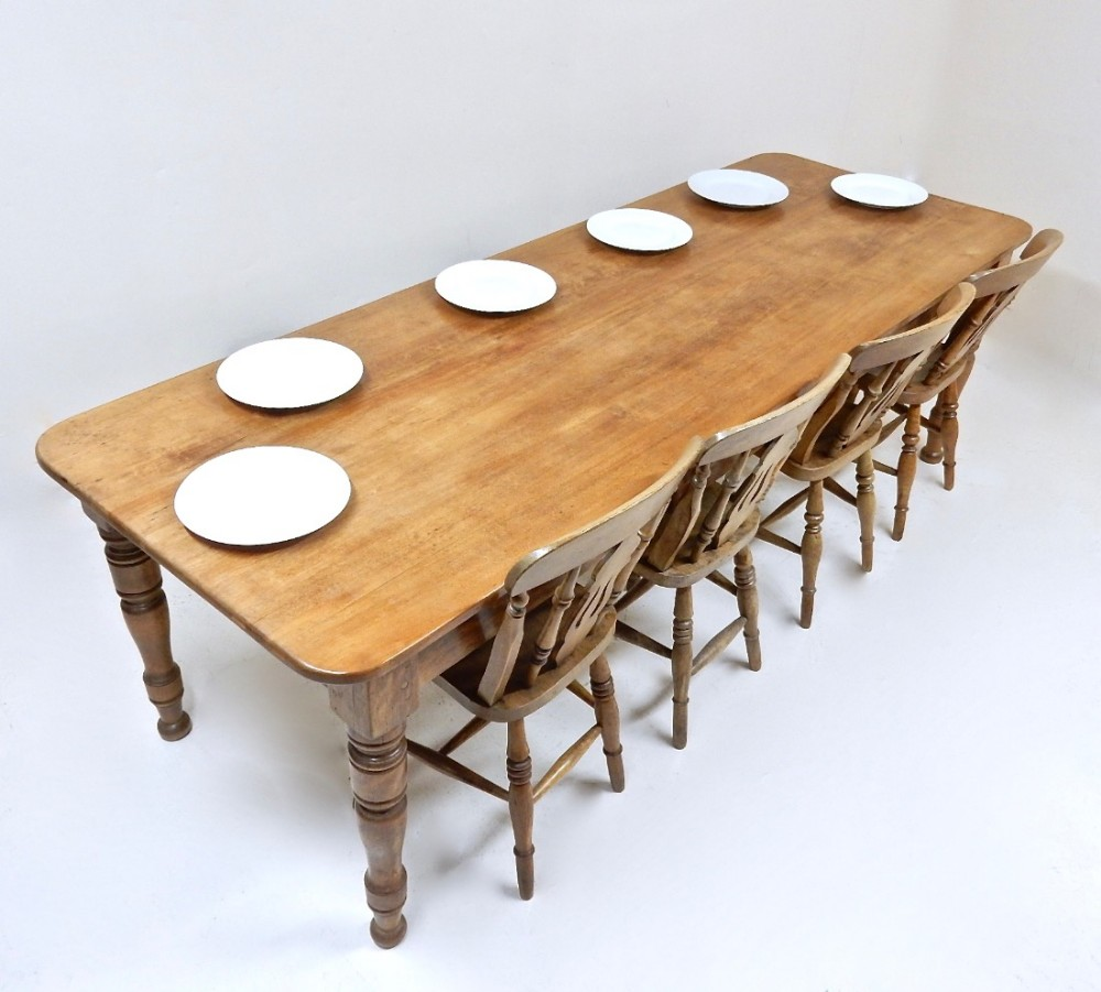 10 Seat Farmhouse Table