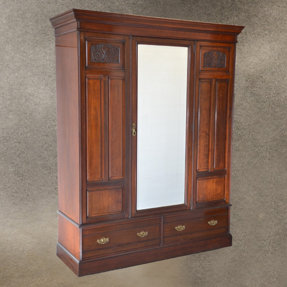 Charmant Antique Walnut Wardrobe Armoire Top Quality English Edwardian C1910