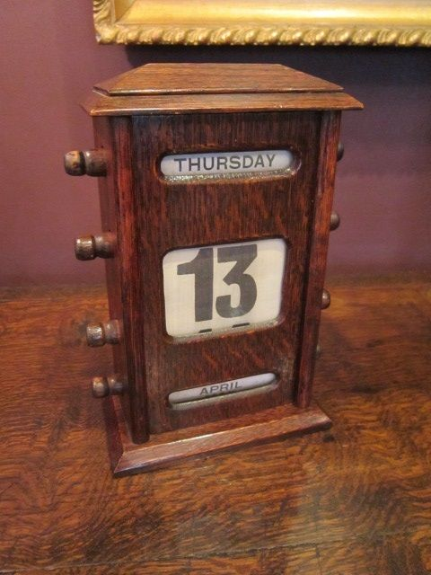 edwardian oak perpetual desk calendar. antique photo - Edwardian Oak Perpetual Desk Calendar 376369 Sellingantiques.com