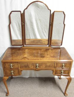 Sussex Antiques And Interiors · ELEGANT FRENCH BURR WALNUT DRESSING TABLE