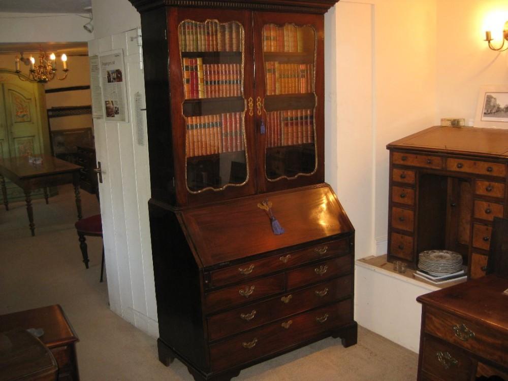 early fine quality georgian cuban mahogany bureau bookcase